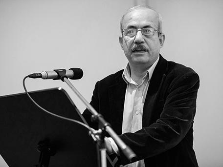Ali Kurdi bei der Premiere der Weiter Schreiben Anthologie. Foto: Piero Chiussi