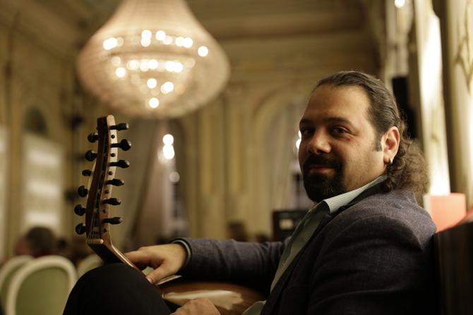 Wassim Mukdad begleitet Weiter Schreiben an der Out von Beginn an. Choukran khteir!