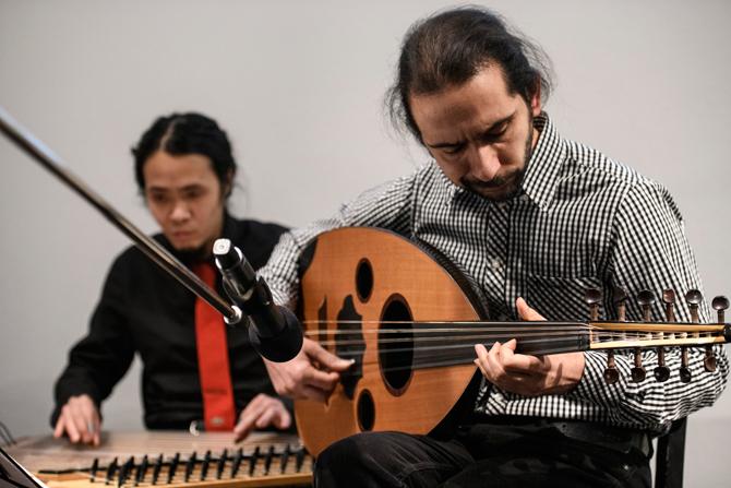 Der Oud-Spieler Nabil Arbaain lernte Ali Hassan 2015 im Auffanglager in Frankfurt/Oder kennen und sie gründeten Matar. Das Programm der Band bestand zunächst aus traditionell-arabischen Liedern und Eigenkompositionen von Nabil Arbaain, die sein Leben in Damaskus, seine Flucht nach Deutschland und das Ankommen in Berlin beschreiben. Die Monate davor ohne sein Instrument seien die schwierigsten seines Lebens gewesen.