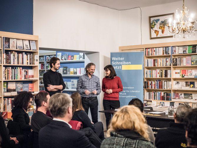 Veranstaltung mit Abdullah Alqaseerund Christoph Peters. Foto: Mila Teshaieva