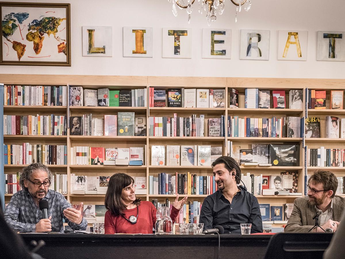 Veranstaltung mit Abdullah Alqaseer und Christoph Peters. Foto: Mila Teshaieva